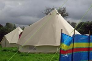 Zelt mit Stockflecken
